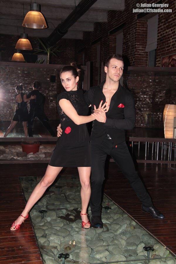 social_larin_dance