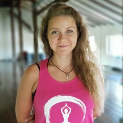 Ива Иванова - инструктор по Йогалатес в Тотал Спорт