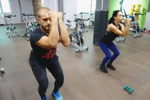 Изпълнение на HIIT тренировка - инструктори Мария и Пламен