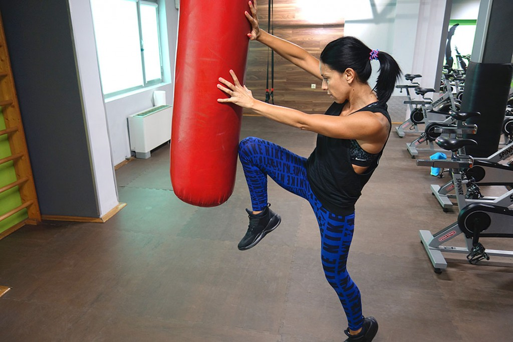 Високоинтензивна интервална тренировка с Мария - Тотал спорт