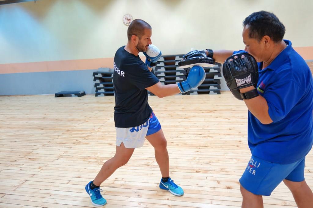 Бокс тренировки с Пламен, Total Sport Fitness & Squash